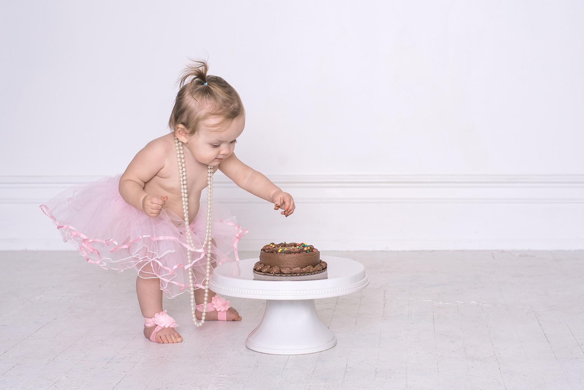 Lafayette, Indiana Cake Smash | One Year Photos | Lafayette, Indiana Photographer | Luminant Photography