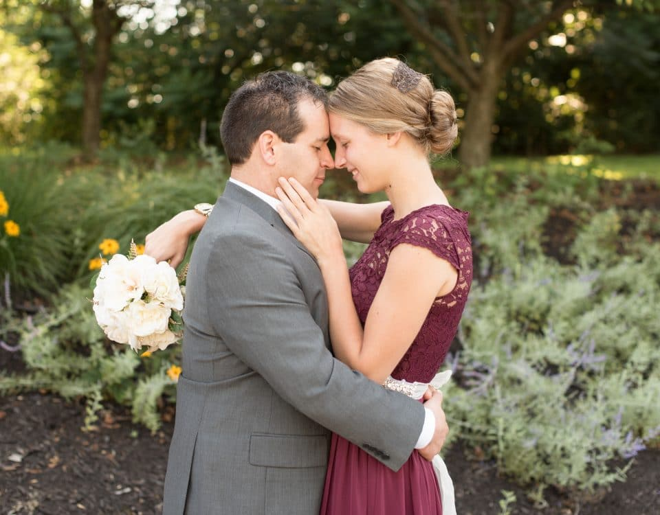 laura-lee-blume-apostolic-christian-wedding